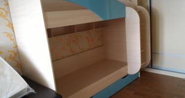 Кровать двухъярусная КР-703 «РОМАН» бирюза металлик