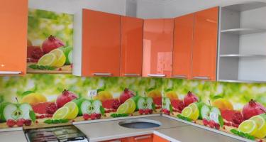 Кухонный гарнитур «Престиж» оранжевый звездная пыль Пластик 2 категория, кормка металлик фабрики «Боровичи-мебель», г. Боровичи